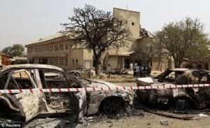 Ledakan bom mobil oleh kelompok Boko Haram di Gereja Santa Theresia, luar Ibu Kota Abuja di Maddala, hari Natal 2011