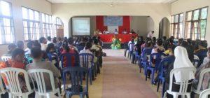 Pemateri Dialog Persaudaraan Antar Remaja di Lantai II Balai Nazareth Atambua, Sabtu (23)