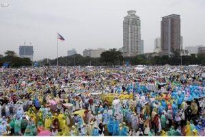 Paus di Taman Luneta