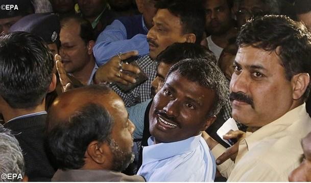Pastor Prem Kumar SJ dibebaskan