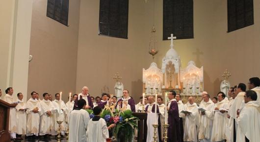 Misa Syukur di katedral