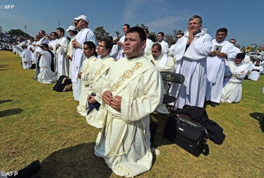 Misa untuk imam seminaris dan religius