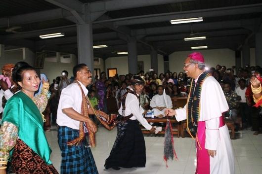 Mgr Paskalis dalam Gong Wani