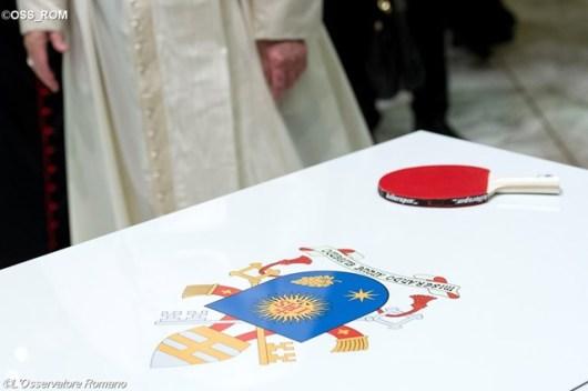 Peralatan tenis meja untuk Paus