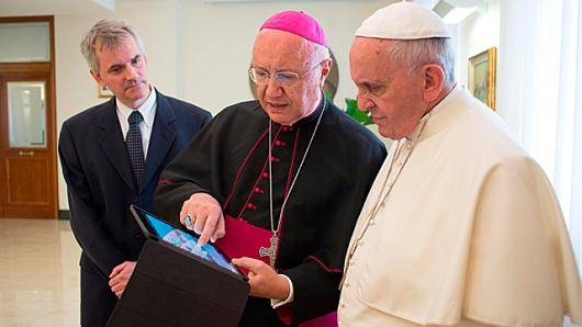 PopeCommunications1