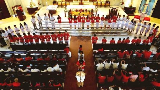 Rosario Merah Putih di Paroki Yakobus1