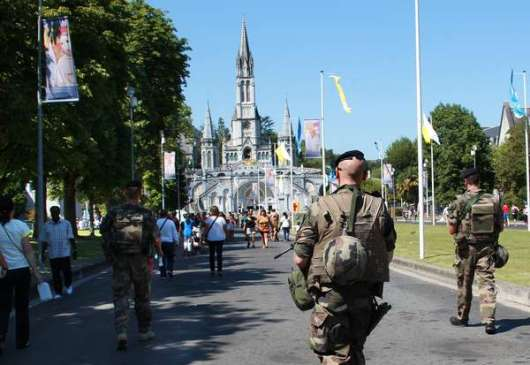 Keamaan di Lourdes
