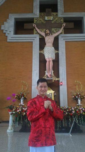 Frater Agustinus Alfred Hermawan di Gereja Redemptor Mundi Surabaya