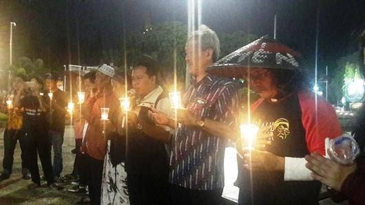 Tokoh-tokoh agama yang hadir dalam haul Gus Dur  ke-7 di Tugu Muda Semarang, 29 Desember 2016