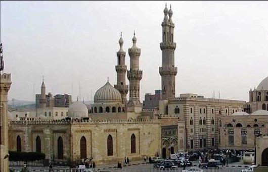 masjid dan kampus universitas al-azhar di Mesir