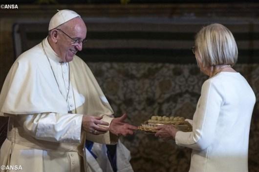 Paus di Gereja Anglikan2