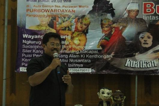 Kepala Paroki Santa Perawan Maria Regina Purbawardayan Pastor Antonius Budi Wihandono Pr