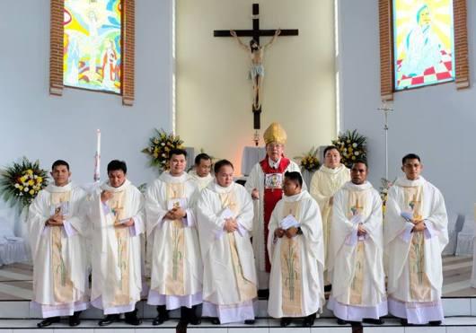 Foto dari Komisi Komsos Keuskupan Manado