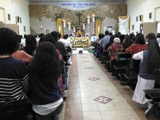 Frater Albertus Arif SMM ketika menerima Kaul Kekal. Selasa, 15 Agustus 2017 (4)