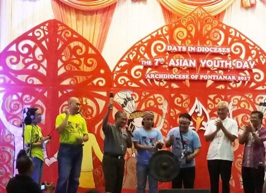 Mgr Agus menutup kegiatan DID AYD 2017 di Keuskupan Agung Pontianak