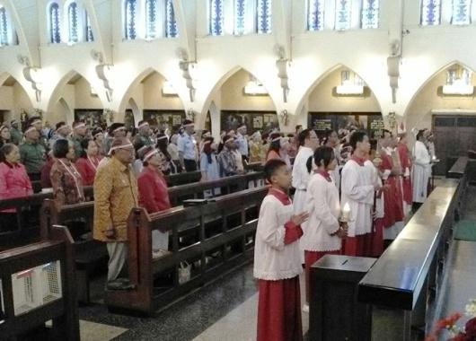 Misa HUT RI ke- 72 di Gereja Katedral Santa Perawan Maria Dari Gunung Karmel, Malang. Kamis (17- 8- 2017) (17)