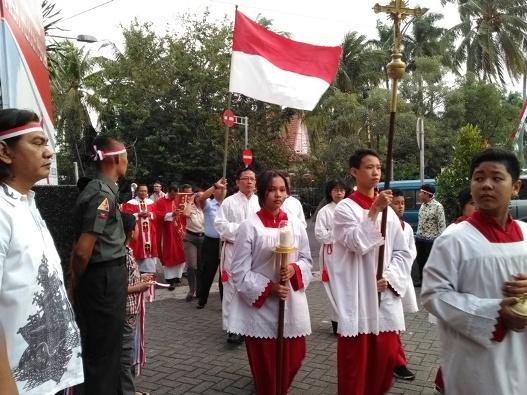 Misa HUT RI ke- 72 di Gereja Katedral Santa Perawan Maria Dari Gunung Karmel, Malang. Kamis (17- 8- 2017) (5)