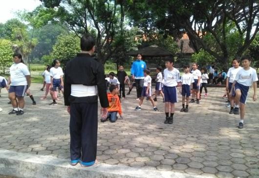 Murid-murid SDK Santo Fransiskus Lawang, sedang latihan THS-THM (4)