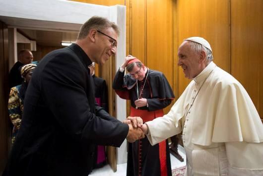 Paus dan DGD