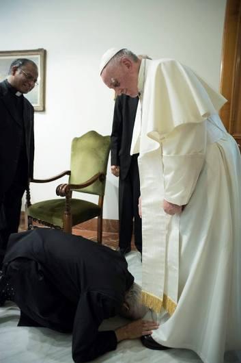 Fr Tom dan Paus 5