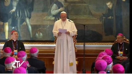 Paus Fransiskus memberikan sambutan kepada para uskup Kolombia - RV