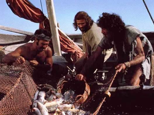 Yesus bersama para nelayan