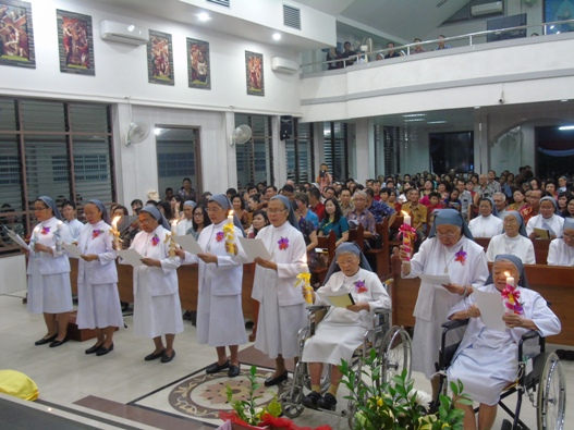 Pestawati membaharui janji setia hidup membiara