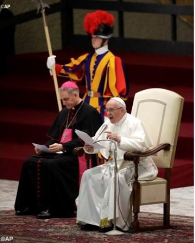 Paus tentang Misa