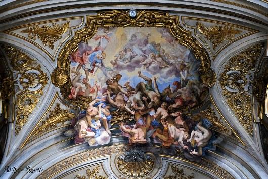 Kejatuhan Malaikat di Basilica dei Santi XII Apostoli Roma. Caduta degli Angeli ribelli, Giovanni Odazzi