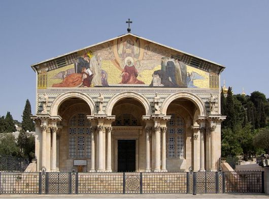 Gereja Segala Bangsa, atau juga dikenal sebagai Gereja atau Basilika Agony, adalah sebuah Gereja Katolik Roma yang terletak di Bukit Zaitun di Yerusalem, tepatnya di samping Taman Getsemani. Wikipedia Commons