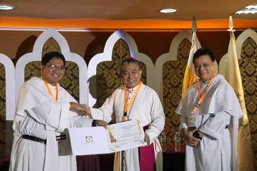 Mgr Agus dalam simposium di Manila5