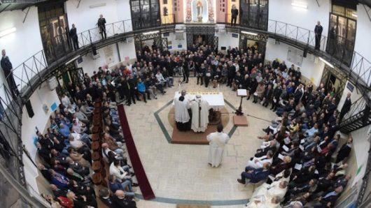 Misa Kamis Putih di Penjara Regina Coeli Roma