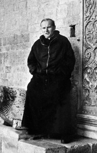 Mgr Karol Wojtyla dalam ziarah ke Tanah Suci, 1963. © EAST NEWS