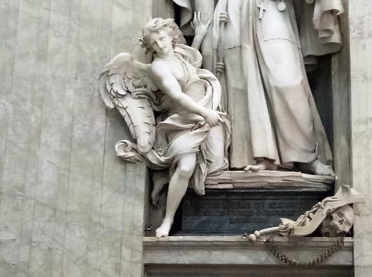 Malaikat. Diambil oleh PEN@ Katolik/pcp dari Basilika Santo Petrus Vatikan