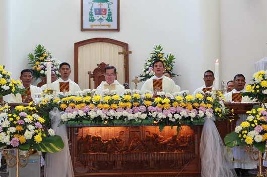 Tahbisan 9 Imam MSC di Manado5