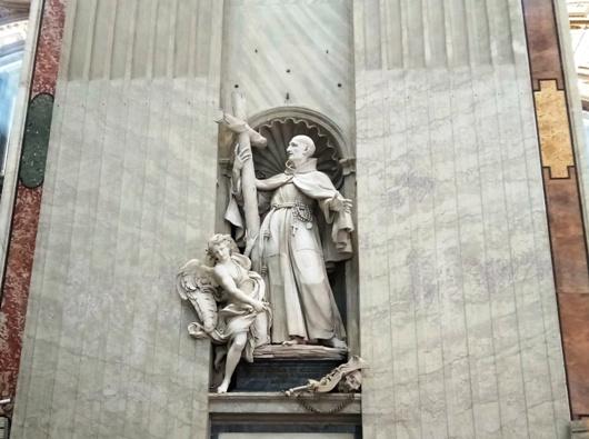 Patung Malaikat di Basilika Santo Petrus Vatikan, diambil 26 November 2017 oleh PEN@ Katolik/Paul C Pati