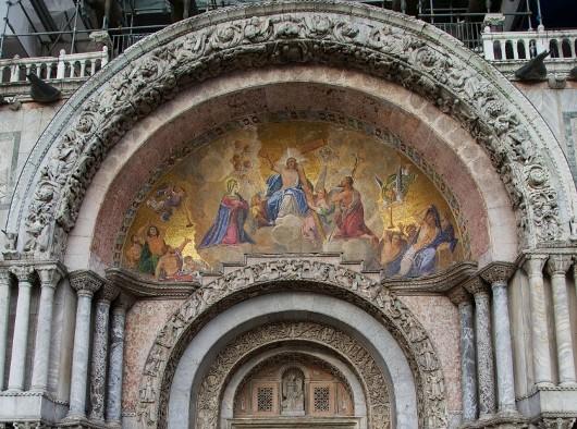 Mosaik Pengadilan Terakhir di Pintu Utama Basilika Santo Markus Venice, Italia