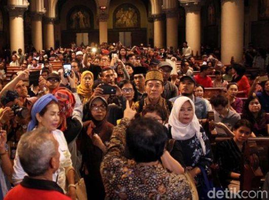 Tur ke dalam Katedral Jakarta/Detikcom