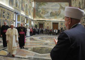 Foto dari L'Osservatore Romano tentang Forum Katolik-Muslim ertama tahun 2008