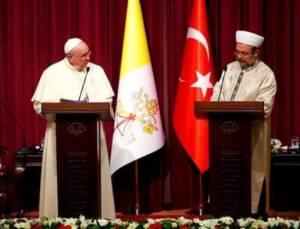 Paus dengan Kepala Departemen Agama Turki