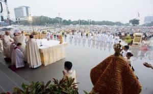 Paus Misa Filipina2