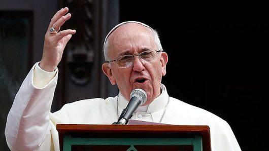 POPE-_Regina_Caeli_150406