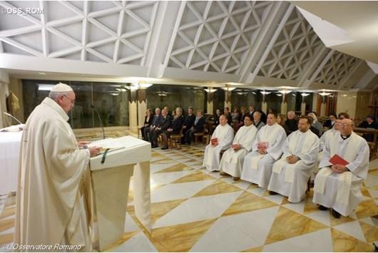 Paus dalam Misa di Casa Santa Martha