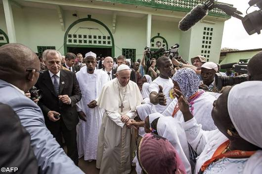 Paus ke Mesjid