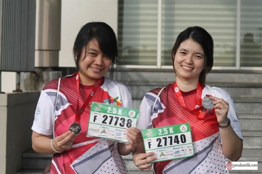 Elizabeth Irene Hartanto (kiri) dan Maya Dewi Ariani (kanan)