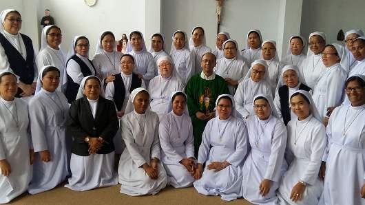 Retret 32 suster JMJ Provinsi Manado gelombang pertama yang dipimpin Pastor Laurentius Priyo Poedjiono SJ.