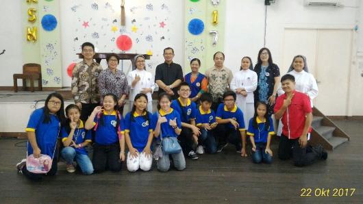 RD. Alex bersama tim pembina Sekami dan anak2 Sekami yang baru dilantik