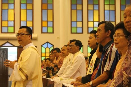 Tahbisan Pastor Mingdry (1)