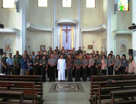 Misa Jumat Pertama TNI dan Polri