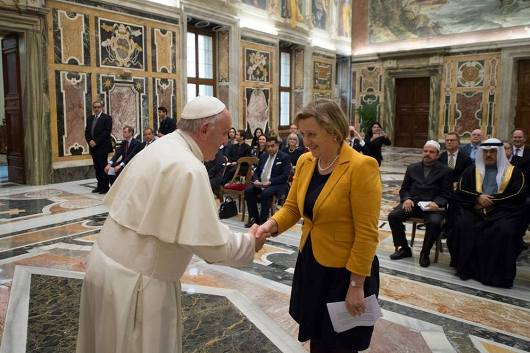 Paus dengan peserta Konferensi Mengatasi kekerasan yang dilakukan atas nama agama3